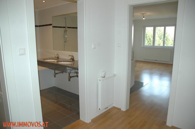 Traumhafte 2 – Zimmer Wohnung in Grünruhelage*  /  / 1130Wien 13.,Hietzing / Bild 2
