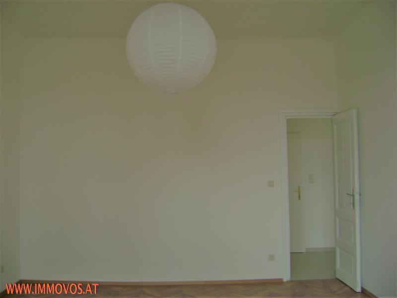 Helle, freundliche Stilaltbauwohnung, 2-Zimmer mit Kabinett in Brigittenau