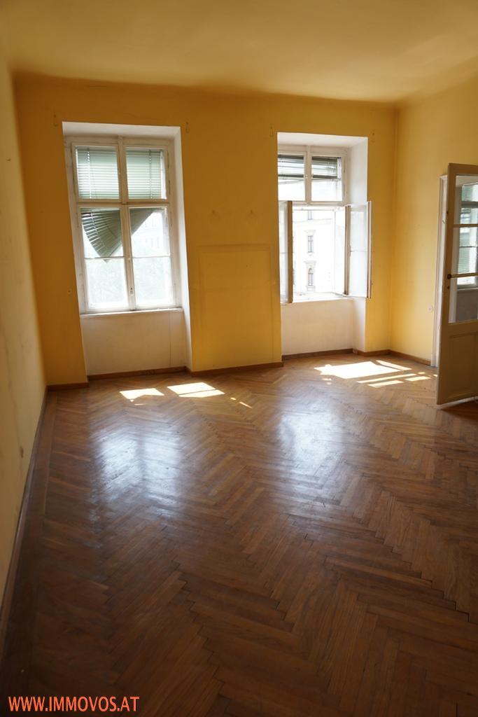 Amerikanische Botschaft - Rohdiamant - unsanierte 3,5  Zimmer Familienwohnung mit Nebenräumen in gepflegtem Altbau /  / 1090Wien 9.,Alsergrund / Bild 1