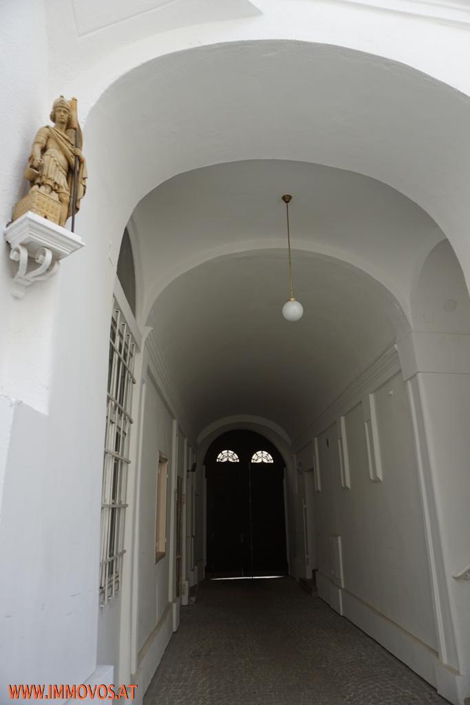 Amerikanische Botschaft - Rohdiamant - unsanierte 3,5  Zimmer Familienwohnung mit Nebenräumen in gepflegtem Altbau /  / 1090Wien 9.,Alsergrund / Bild 4