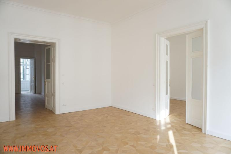 gbild -- Prestigious old-style apartment in splendid building near Ringstraße /  / 1010Wien 1.,Innere Stadt / Bild 2