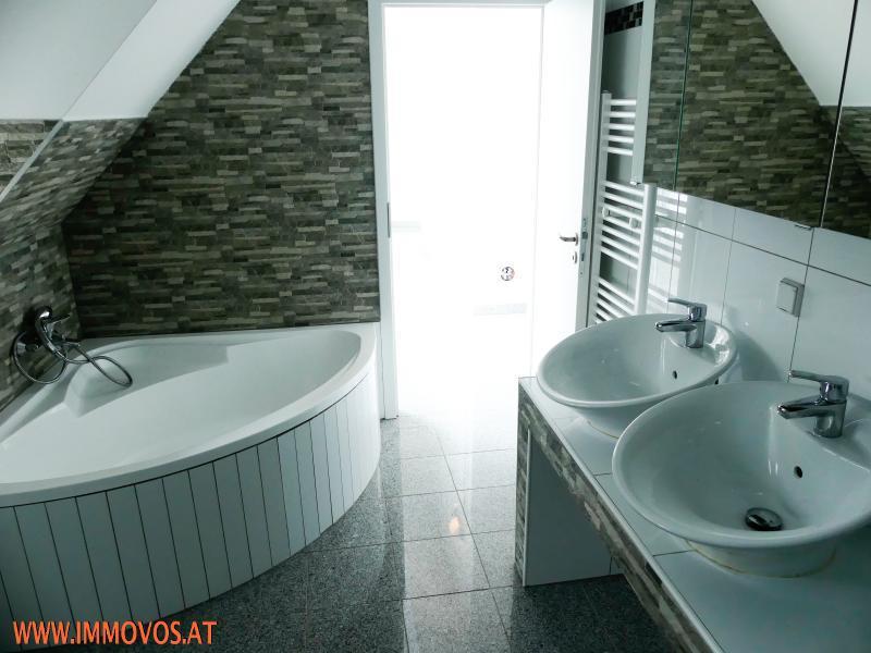 Bild Badezimmer.jpg