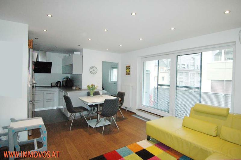 Blick Küche, Gästezimmer, Loggia