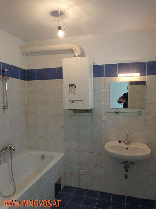 H. Badezimmer