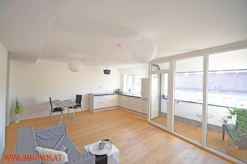 1 Wohnzimmer 1.jpg