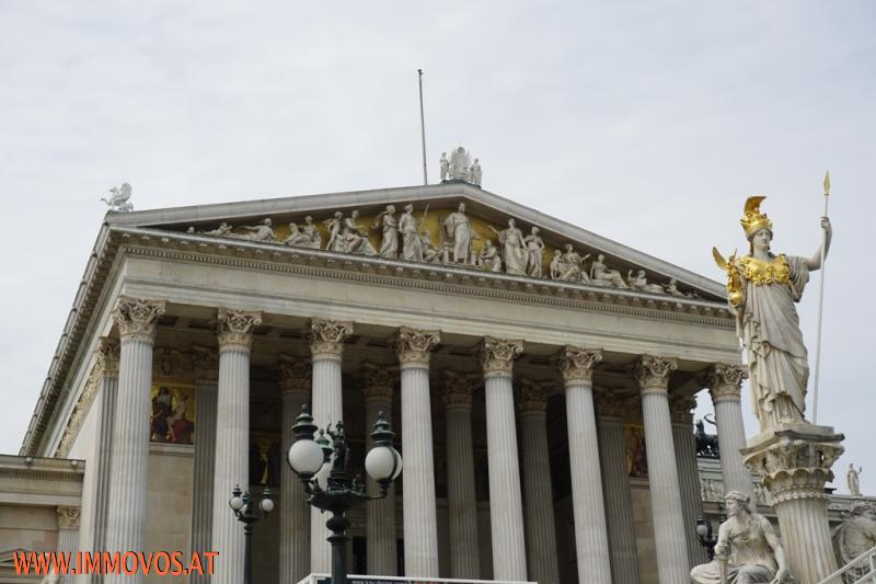 Parlament in der Umgebung