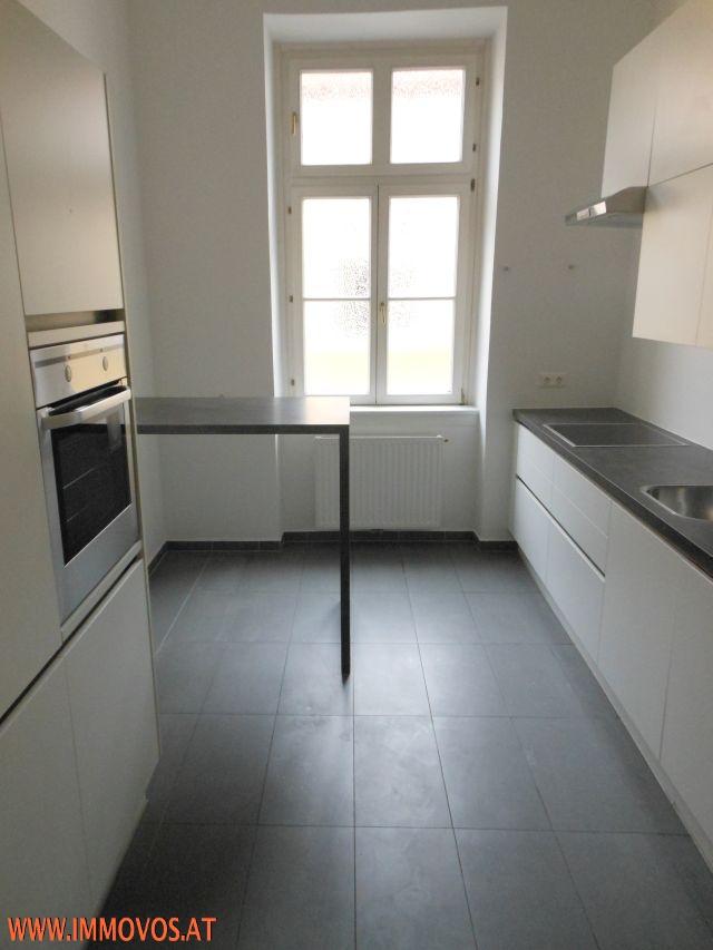 F. Küche