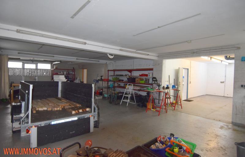 Garage vor Ren.jpg