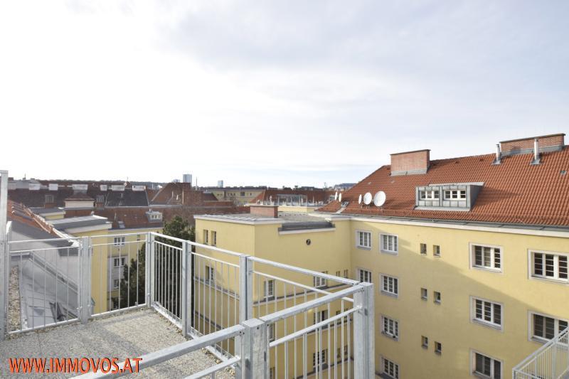 Blick von der Terrasse.jpg