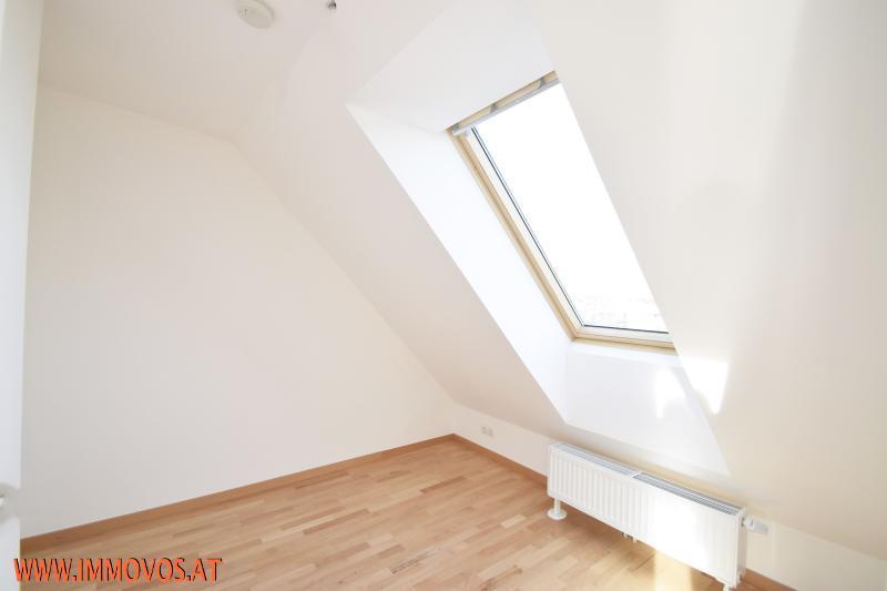 Zimmer oben.jpg