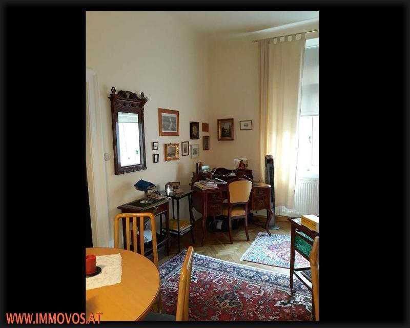Wohnzimmer neu.jpg