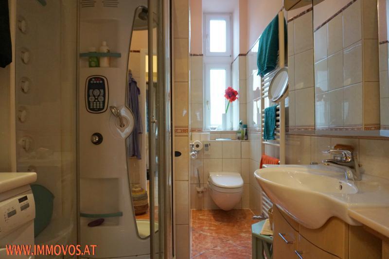 Badezimmer web.jpg