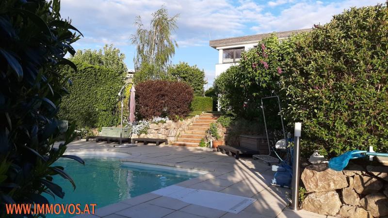 Freuen Sie sich schon auf den Sommer: Genießen Sie Ihre Freizeit entspannt am Pool Ihres exklusiven Domizils in Neustift /  / 1190Wien 19.,Döbling / Bild 0