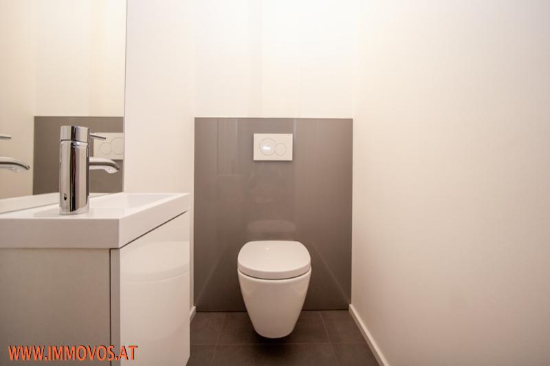 13 Toilette