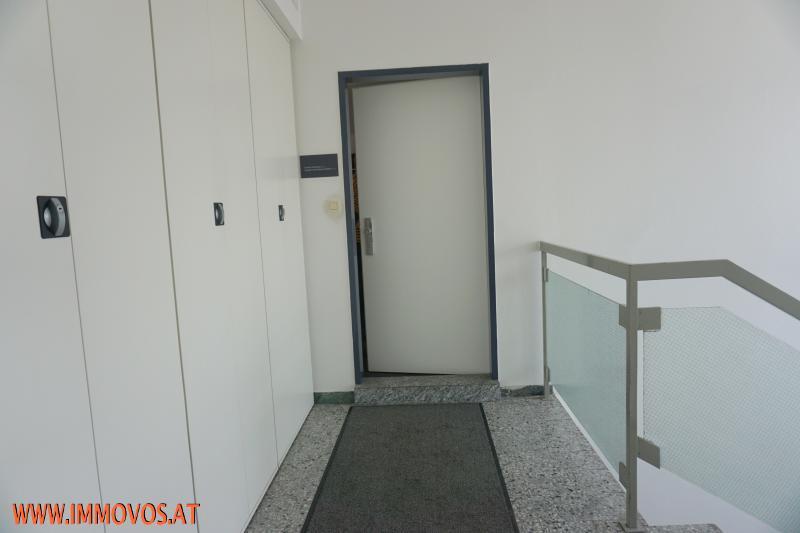 Zugang 1 Etage.jpg