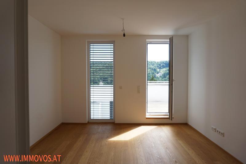 eines der 3 Zimmer auf Etage 3