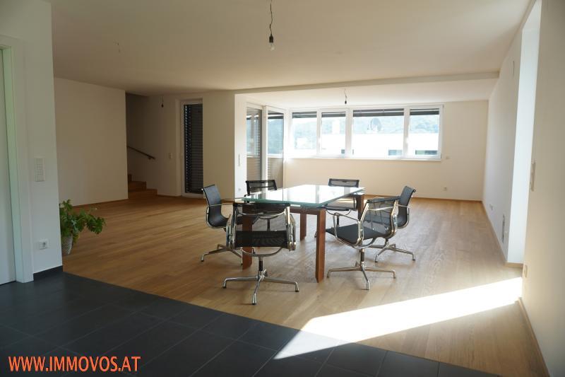 61 m2 ! Wohnbereich mit offener Küche