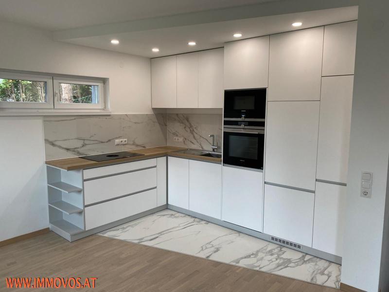 Küche 2.jpeg