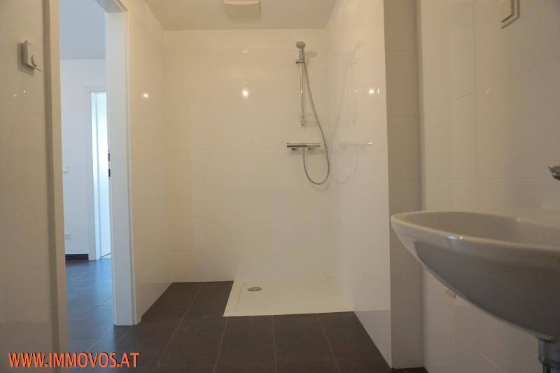 Dusche Bad.JPG