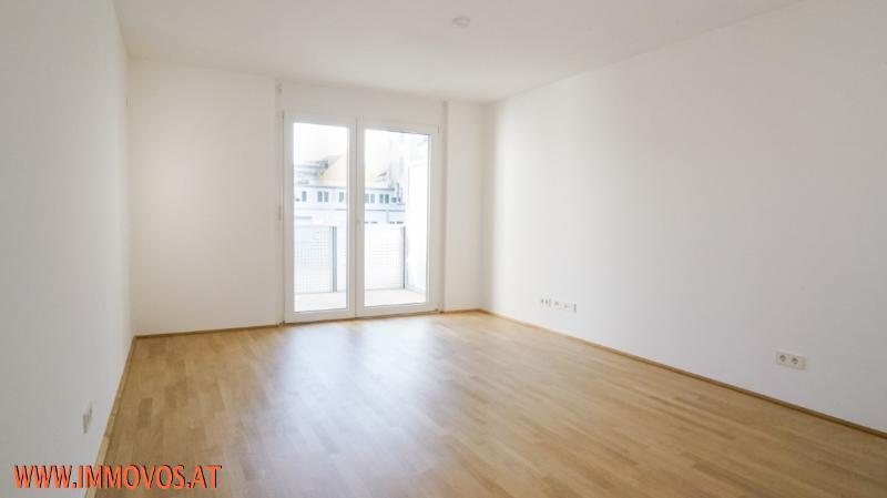 U4 vor der Tür! 2. Bezug* moderne 2-Zimmerwohnung mit Balkon & Innenhof* Nahe zu Schloss Schönbrunn!  /  / 1150Wien 15.,Rh-Fh / Bild 0