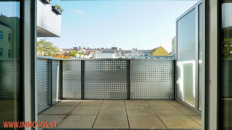 U4 vor der Tür! 2. Bezug* moderne 2-Zimmerwohnung mit Balkon & Innenhof* Nahe zu Schloss Schönbrunn!  /  / 1150Wien 15.,Rh-Fh / Bild 1
