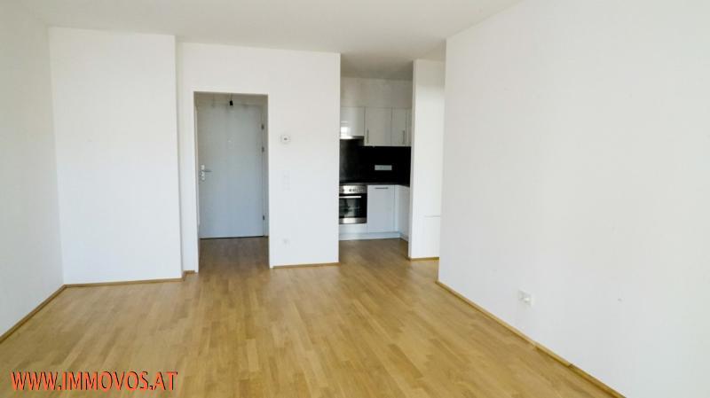 U4 vor der Tür! 2. Bezug* moderne 2-Zimmerwohnung mit Balkon & Innenhof* Nahe zu Schloss Schönbrunn!  /  / 1150Wien 15.,Rh-Fh / Bild 2