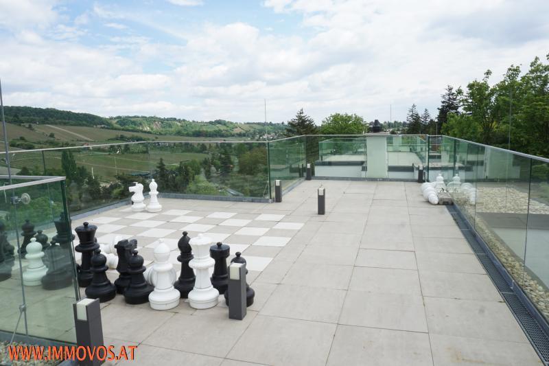 Enjoy living at this modern exclusive family home + panoramic view + garden + garage /  / 1190Wien 19.,Döbling / Bild 2