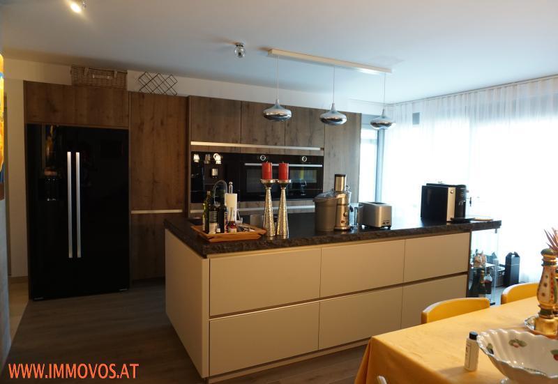 Enjoy living at this modern exclusive family home + panoramic view + garden + garage /  / 1190Wien 19.,Döbling / Bild 3