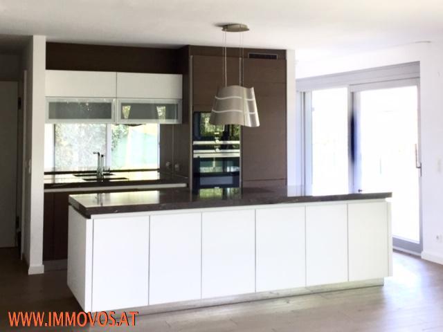 Enjoy living at this modern exclusive family home + panoramic view + garden + garage /  / 1190Wien 19.,Döbling / Bild 4