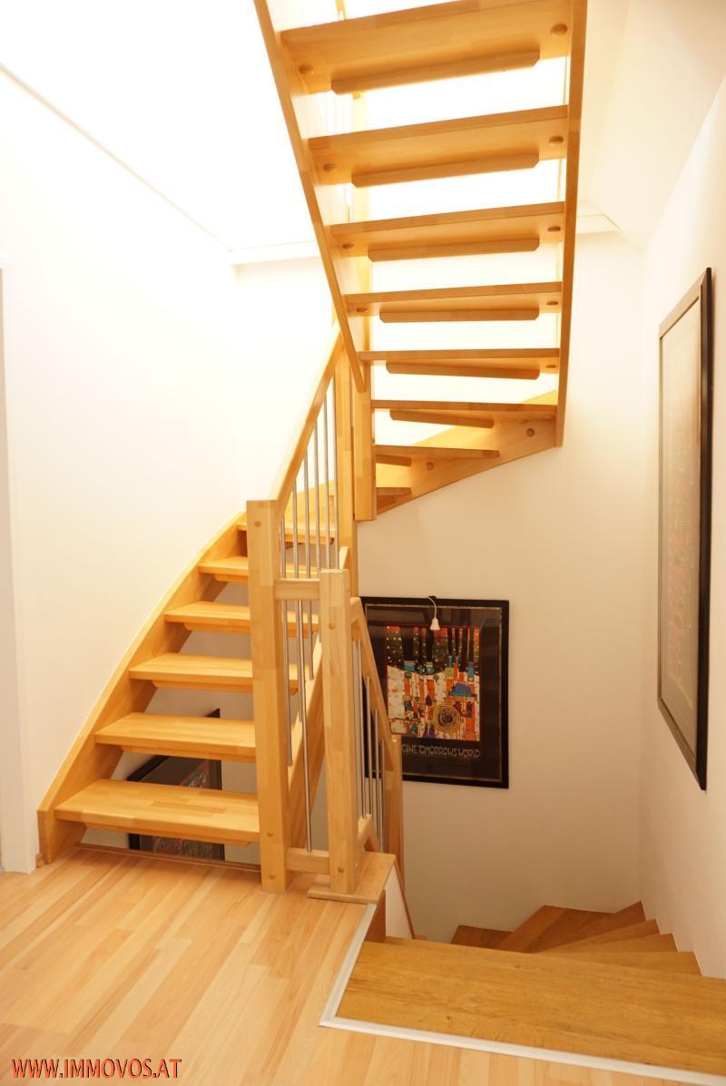 zentraler Stiegenaufgang