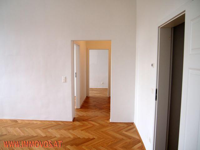*** PERFEKT GESCHNITTENE 3-Zimmer-Altbauwohnung nächst U2: ERSTBEZUGGLEICH!!! *** /  / 1220Wien 22.,Donaustadt / Bild 1