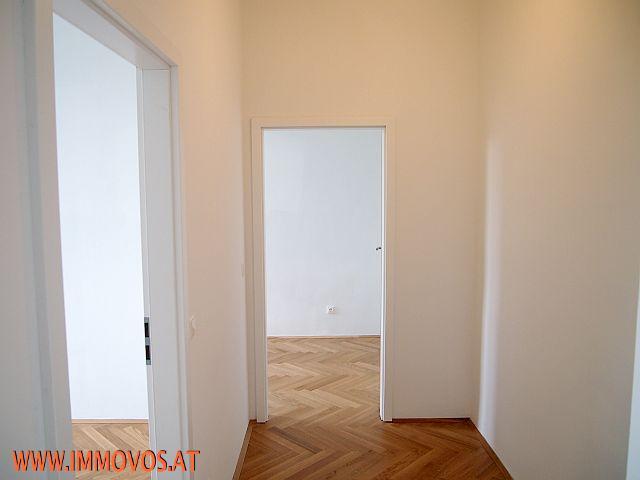 *** PERFEKT GESCHNITTENE 3-Zimmer-Altbauwohnung nächst U2: ERSTBEZUGGLEICH!!! *** /  / 1220Wien 22.,Donaustadt / Bild 3