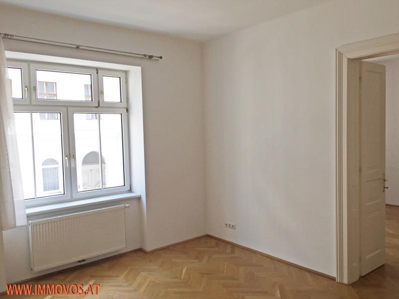***SONNIG frisch saniert*** Altbauwohnung im ersten Liftstock*** /  / 1120Wien 12.,Meidling / Bild 1