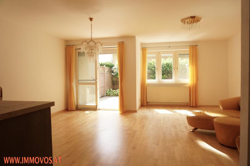 direkter Zugang vom Wohnraum zur Terrasse