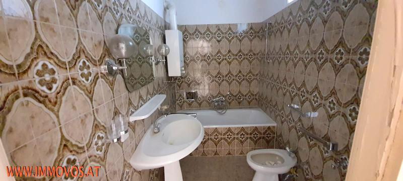 Badezimmer--.jpg