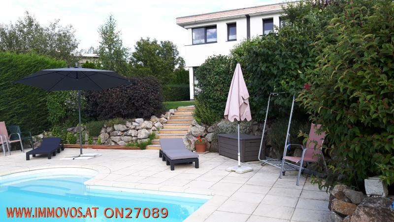 pool_haus1.jpg