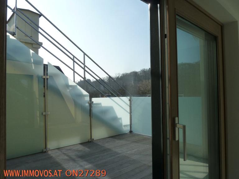 Terrasse auf Ebene 1
