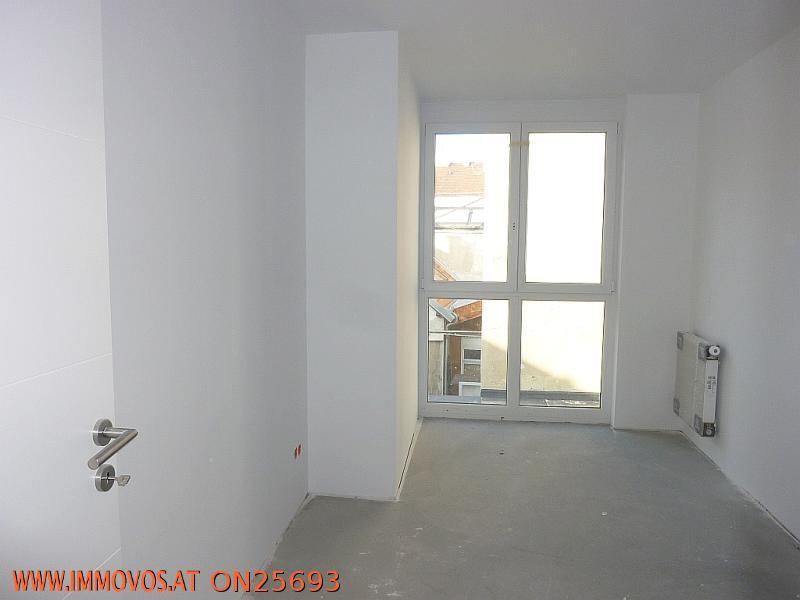 t4 Zimmer.jpg