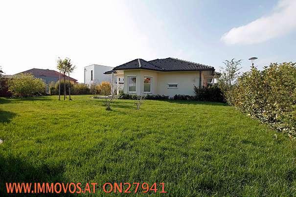Wohnfühloase ! Bungalow mit Garten und Doppelgarage in Velm bei Himberg! /  / 2325Velm / Bild 0
