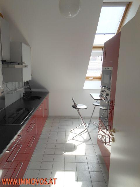 E. Küche